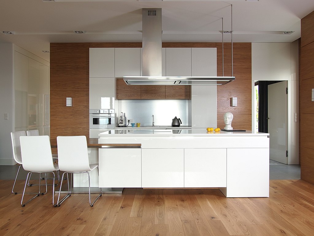 modern-kitchen-flooring